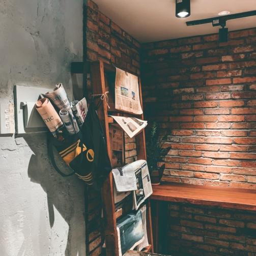 newspaper-on-rack-2781538